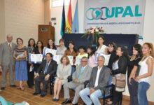 ASOBAN apoya la especialización de los periodistas de Cochabamba: 20 periodistas se titularon en el Diplomado de Periodismo Económico y Financiero