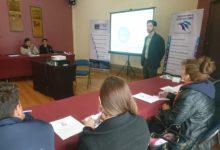 Preparación individual y comunitaria para afrontar riesgos con Matt Lyttle en La Paz y Santa Cruz