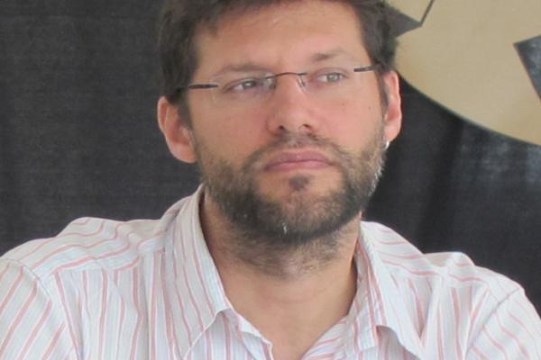 Santiago García:<br />&#171;El periodismo crossmedia utiliza todos los recursos y herramientas digitales&#187;